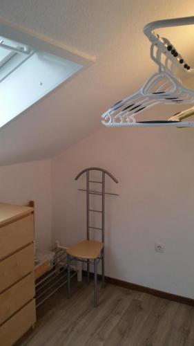Ankleidezimmer / begehbarer Kleiderschrank